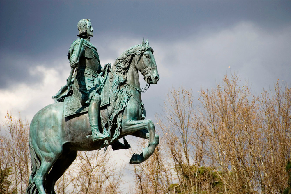 statua re felipe IV plaza de oriente madrid