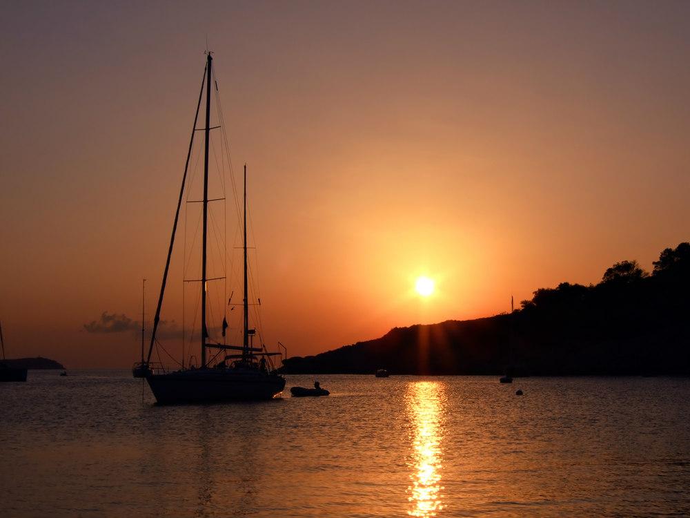 cala salada ibiza tramonto